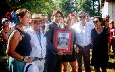 El Club Paul Ricard entrega a Ventura el premio como triunfador de Arles